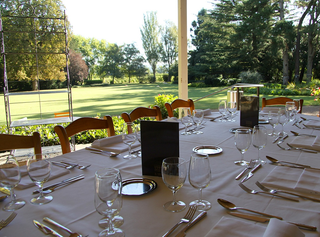 Dejeuner Terrasse Le Clos Des Varennes